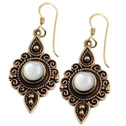 Bronzeohrringe - Onyx / Perlmutt