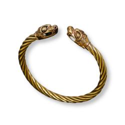 Bronzearmreifen mit Drachenköpfen