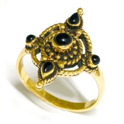 Bronzering - schwarze Steine