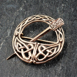 Bronzefibel - keltsche Knoten