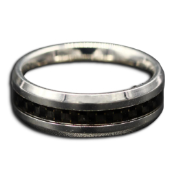 Edelstahlring mit Carbon-Inlay