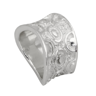 Silver Ring With Pattern