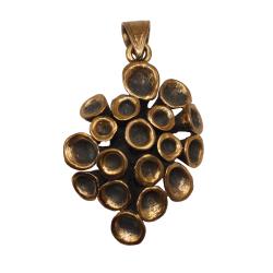Bronzeanhänger - Pflanze